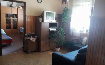 2 külön bejáratú lakás eladó 96 + 102m2-es 2 és 2+1 szobás