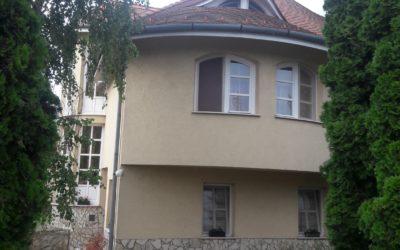 4 szobás 3 szintes szép ház akár lakni, akár üdültetésre is eladó
