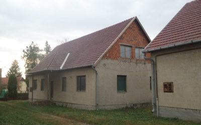 2 ház egy telken 2 generációnak lakás beszámítással eladó