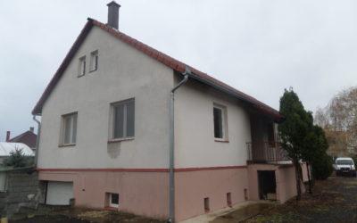 Bánom kertben 2006 ban épült családi ház és 2 üzlet egyben eladó