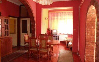 Nádudvaron 2 szobás szép családi ház eladó
