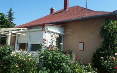 3 szobás tégla építésű családi ház eladó