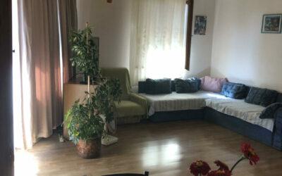 2 szobás kertvárosi családi ház, lakható melléképülettel eladó