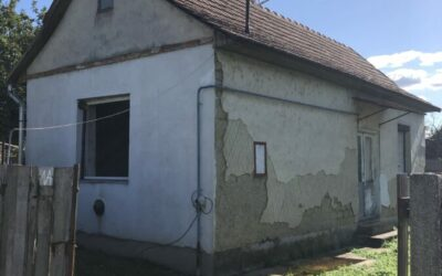 Felújítandó kis ház eladó fürdő közelében