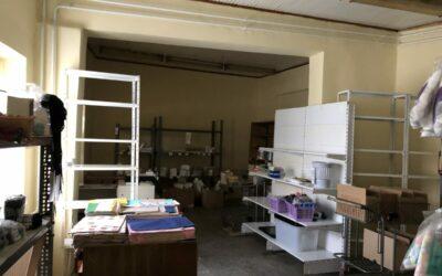 350 m2-es üzlet és raktárhelyiség, családi házként nyilvántartva eladó