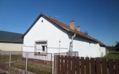 Ebesen 2 szobás családi ház eladó nagy telekkel minden közművel