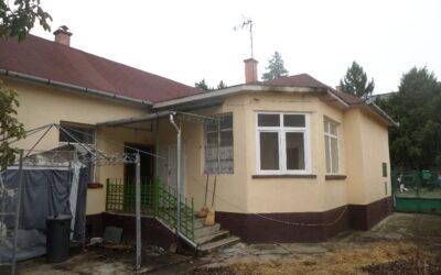 Dózsa György utcán eladó egy 3 szobás téglaépítésű családi ház új tetővel