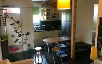 Fürdőnél eladó 1,5 szobás 1 emeleti szép kertkapcsolatos lakás
