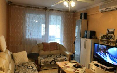 Fürdő közelében 2+1 szobás magasföldszinti szép lakás eladó
