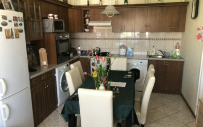 Belvárosi 40m2-es társasházi lakás 1 emeleten eladó