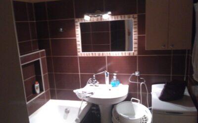 Szilfákalján eladó 2 szobás nagy konyhás erkélyes szép lakás