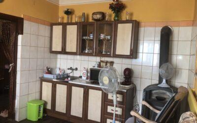 Kertvárosban 2 generációs családi ház eladó
