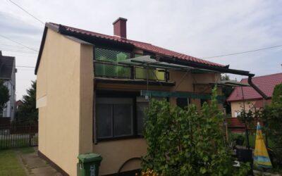 Bánom kertben 2 szintes téglaépítésű ház eladó nagy nappalival kis kerttel