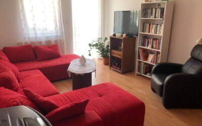 Belvárosi 2,5 szobás társasházi lakás eladó