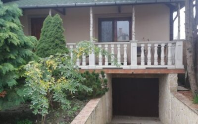 2010 ben épült téglaépítésű szép ház eladó pincével nagy terasszal