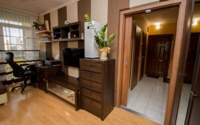 Isonzó utcán eladó egy 3 szobás teljes körűen felújított erkélyes szép lakás
