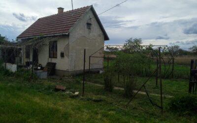 Fácán dűlőn téglaépítésű zártkert eladó garázzsal kerttel