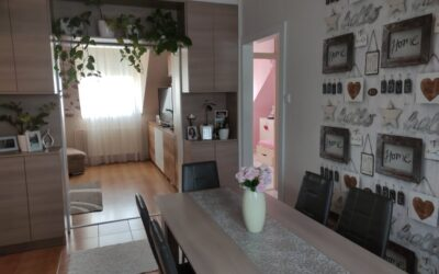 Földvár utcán 2 szoba nagy nappalis gyönyörűen felújított lakás eladó