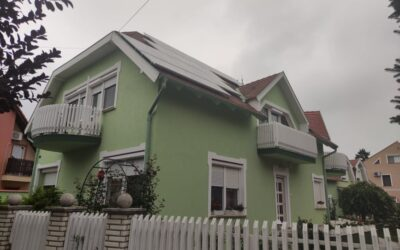 Tompa utcán eladó egy telken 2 különálló családi ház kiváló állapotban vendégtartásra kialakítva